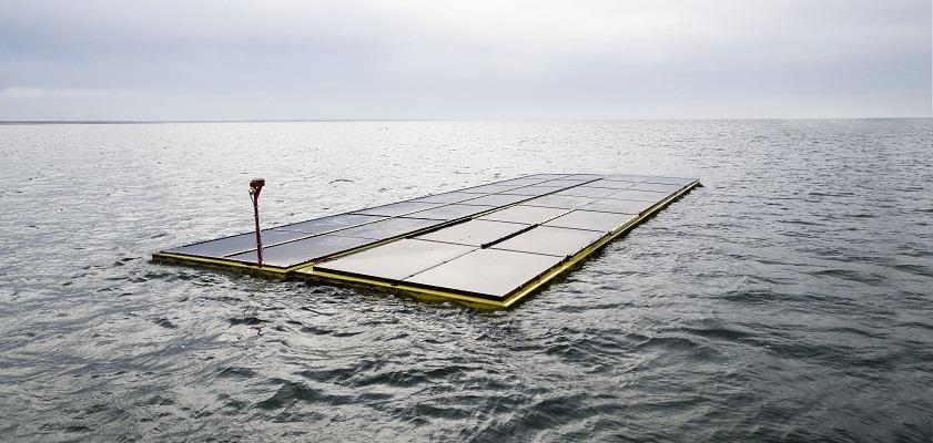 Zonnepanelen op zee - niet zo'n goed idee Zonnepanelen zijn zeer weinig energie-intensief op onze breedtegraad. Ze leveren gemiddeld 11% piekvermogen